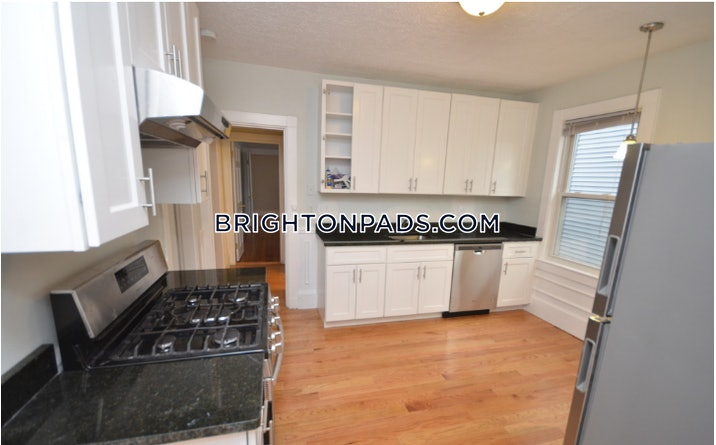 brighton-apartment-for-rent-5-bedrooms-2-baths-boston-3595-3805623