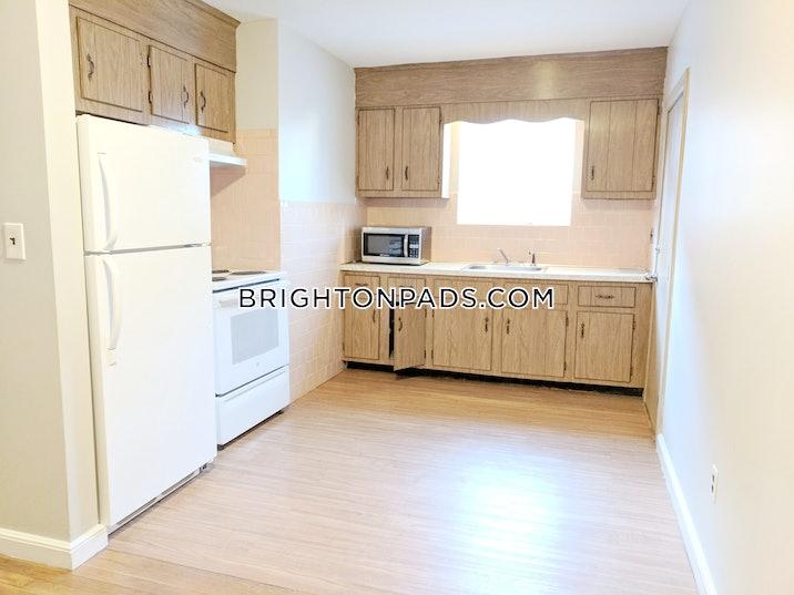 brighton-1-bed-1-bath-boston-1700-3751815