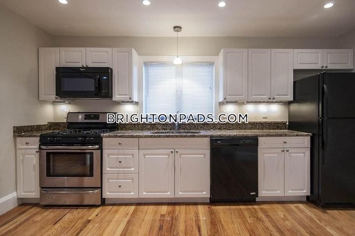 Greymere Rd. BOSTON - BRIGHTON - OAK SQUARE picture 3