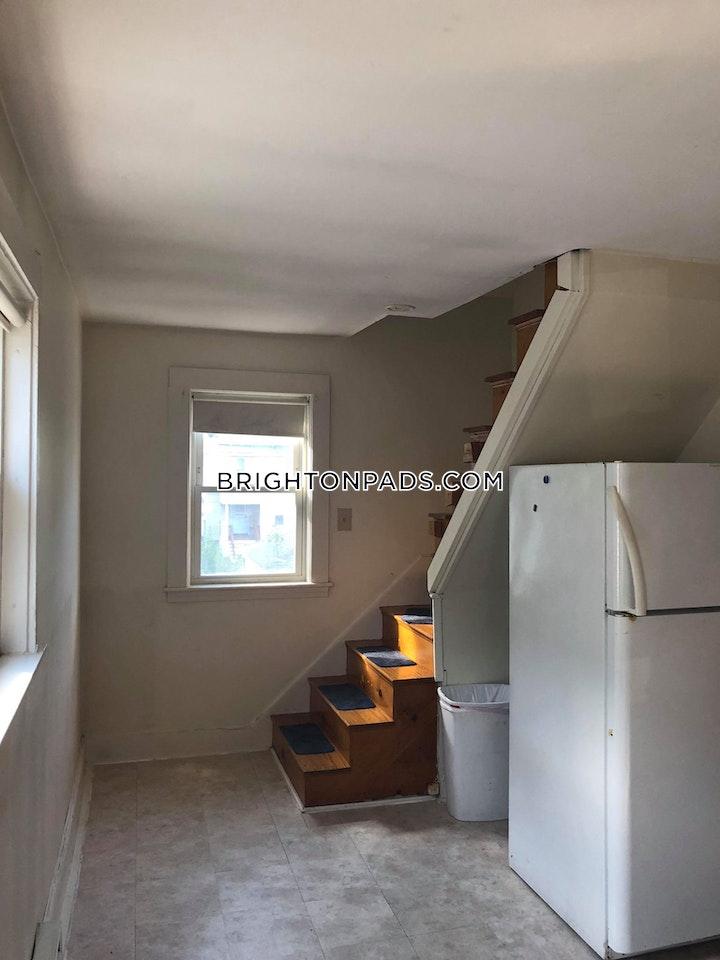 Presentation Rd. BOSTON - BRIGHTON - OAK SQUARE picture 19