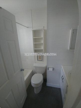 3-beds-1-bath-boston-brighton-oak-square-2550-68397