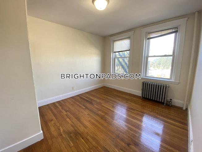 Boston - $2,070 /mo
