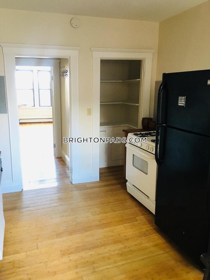 BOSTON - BRIGHTON- WASHINGTON ST./ ALLSTON ST. - 5 Beds, 1 Baths
