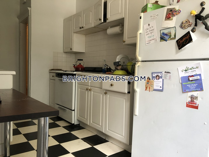 brighton-apartment-for-rent-3-bedrooms-1-bath-boston-3000-517016