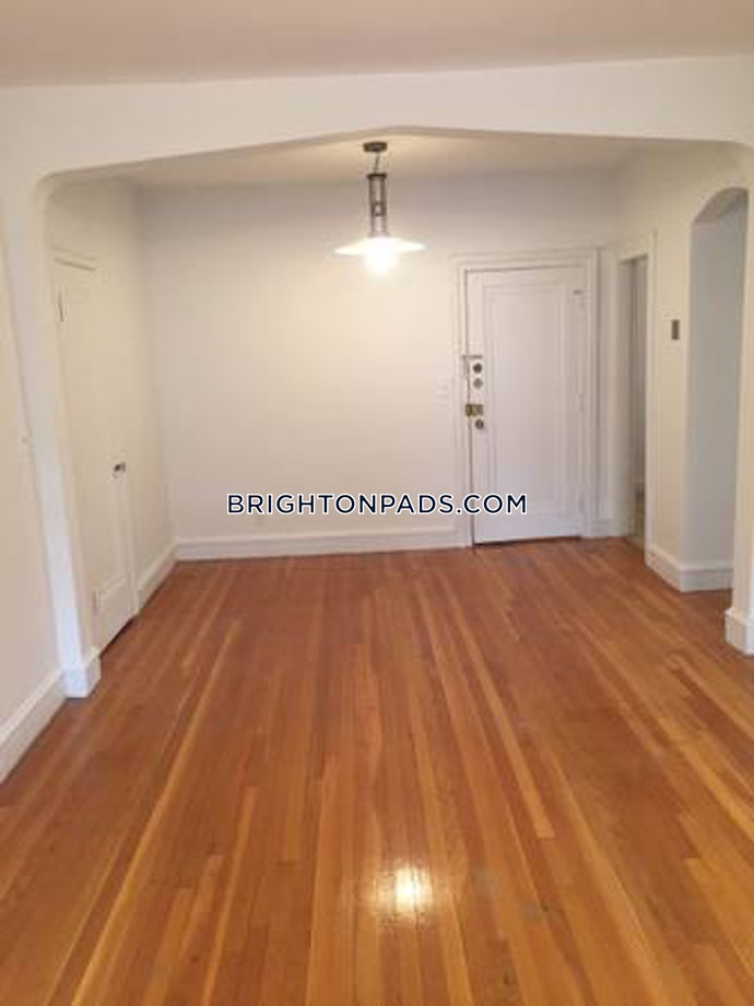 BOSTON - BRIGHTON- WASHINGTON ST./ ALLSTON ST. - 1 Beds, 1 Baths