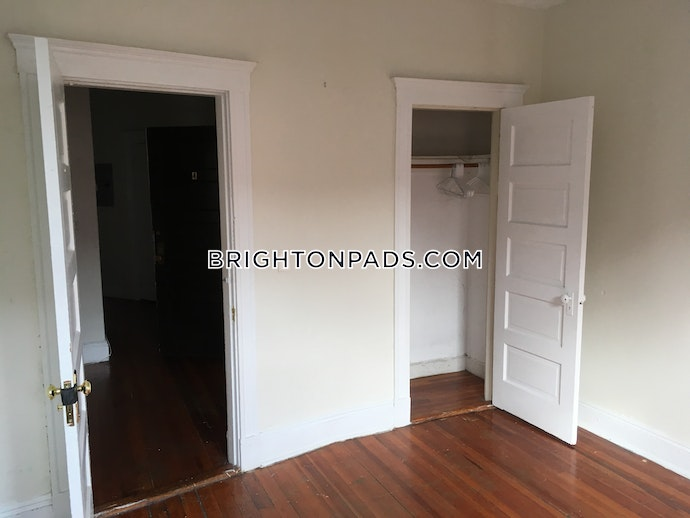BOSTON - BRIGHTON- WASHINGTON ST./ ALLSTON ST. - 3 Beds, 1 Baths
