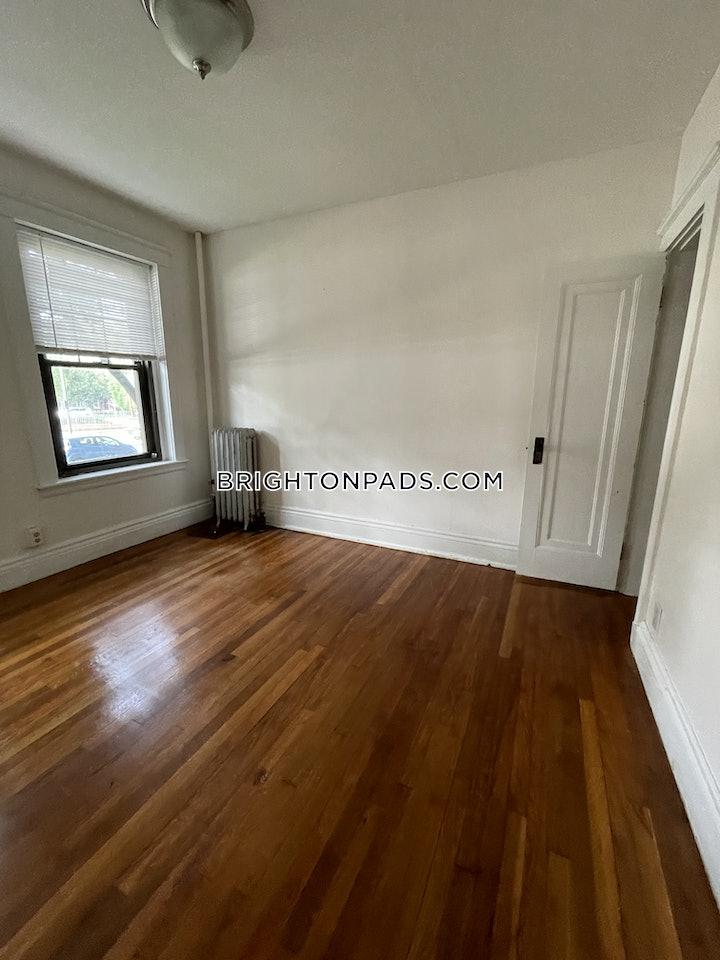 brighton-apartment-for-rent-2-bedrooms-1-bath-boston-1875-3818063