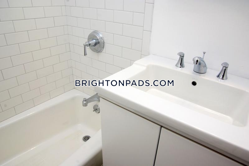 2-beds-1-bath-boston-brighton-washington-st-allston-st-2100-456804