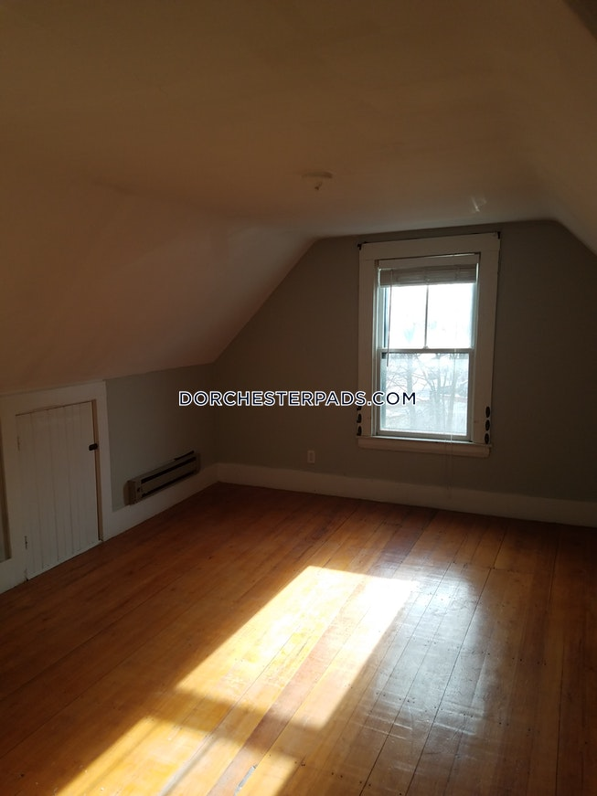 Boston - $3,800 /mo