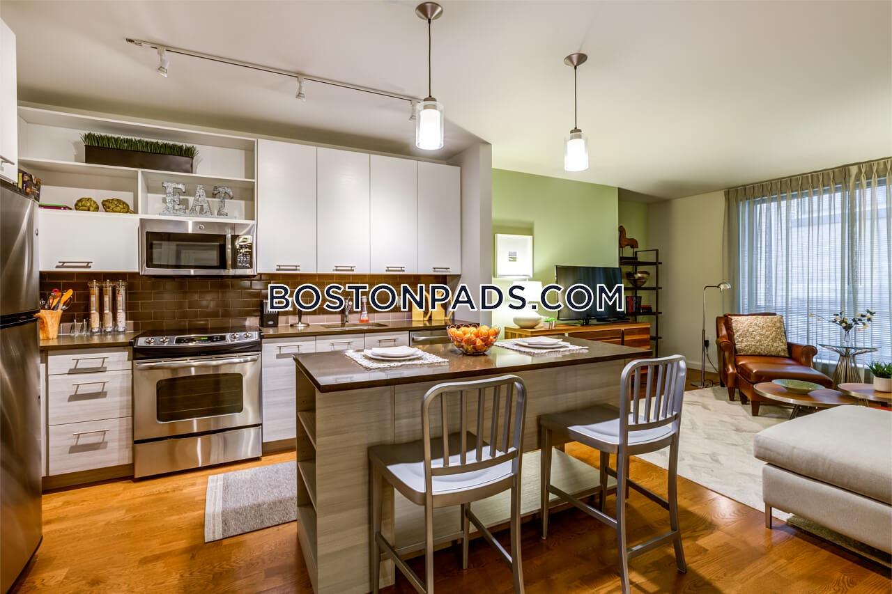 Washington St. BOSTON - DOWNTOWN