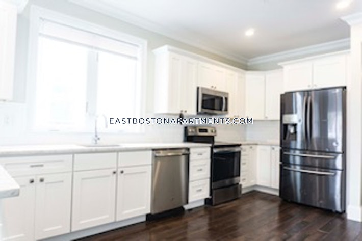 Trenton St., BOSTON - EAST BOSTON - EAGLE HILL