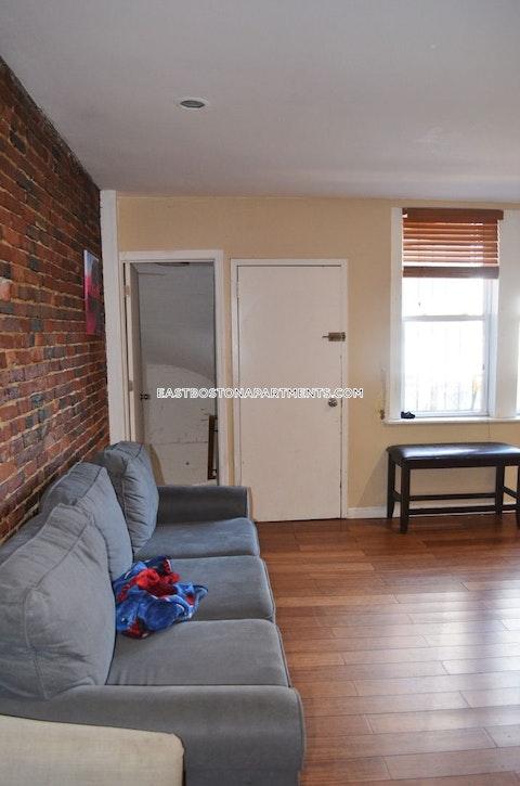 Maverick St. Boston photo 2
