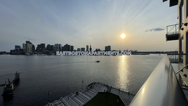 Boston - $5,300 /mo