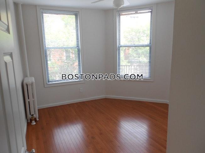 Boston - $3,899 /mo