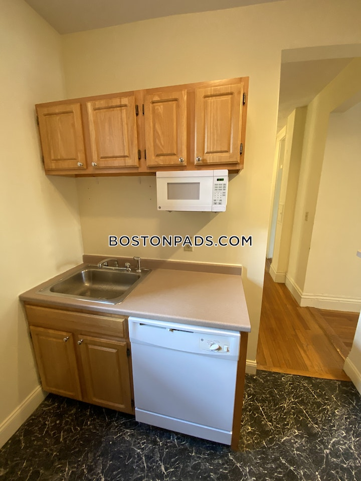 Queensberry St. Boston picture 1