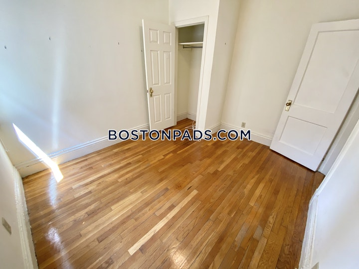 Queensberry St. Boston picture 9