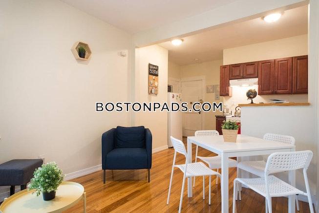Boston - $2,850 /mo