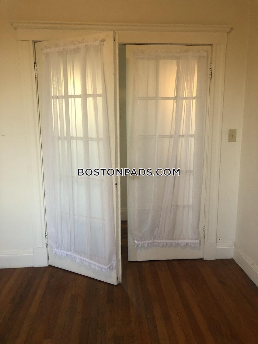 Boston - $2,295 /month