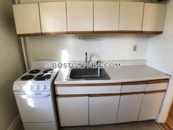 Boston, $2,850/mo
