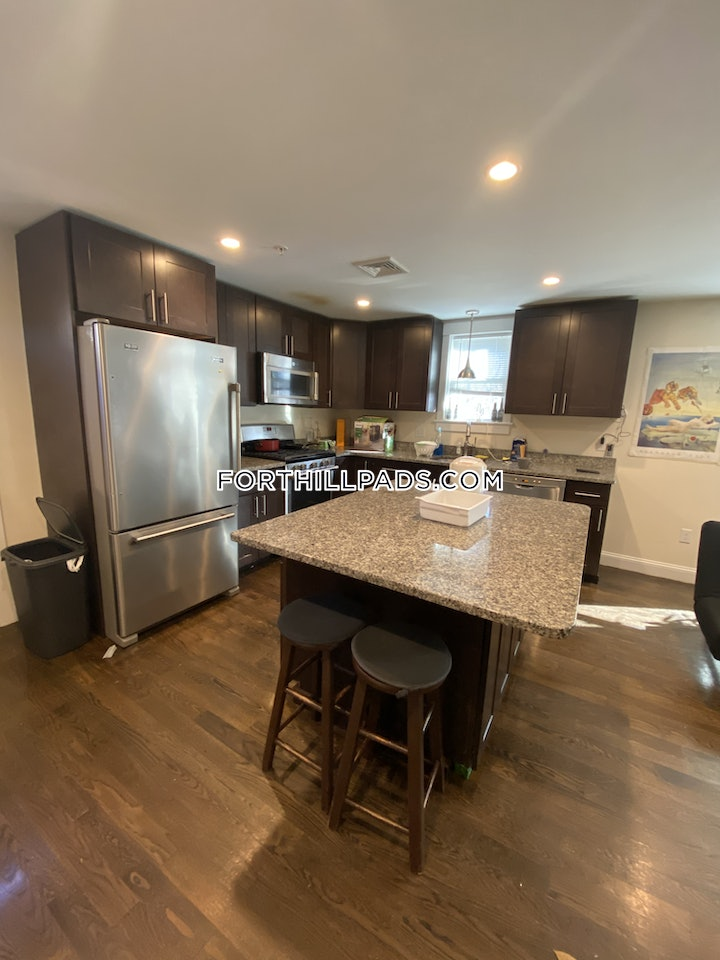 fort-hill-great-bartlett-street-apartment-with-5-beds-2-baths-boston-5400-3721279