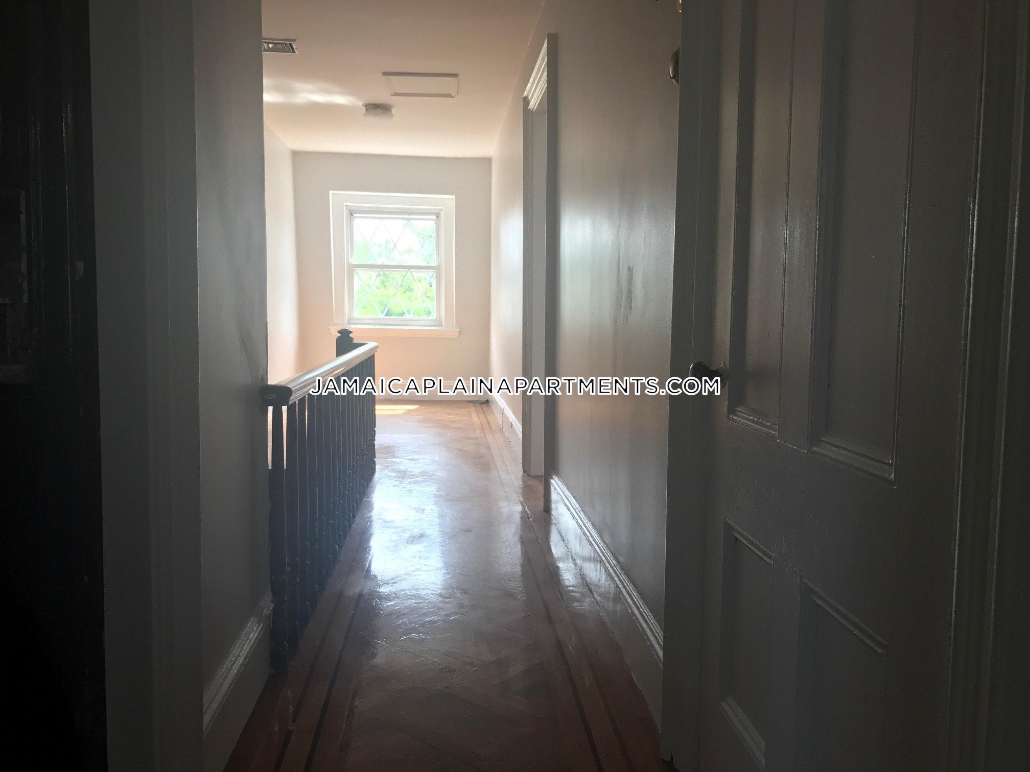 1712 Two Bedroom Apartment Rentals