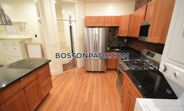 jamaica-plain-apartment-for-rent-3-bedrooms-2-baths-boston-3600-480931