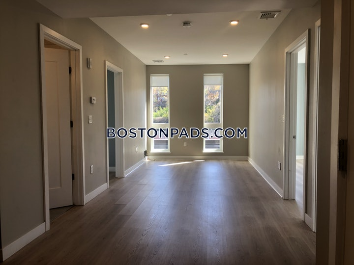 South Hutnington Ave., Boston