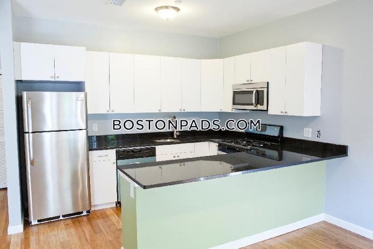 Evergreen St. BOSTON - JAMAICA PLAIN - HYDE SQUARE