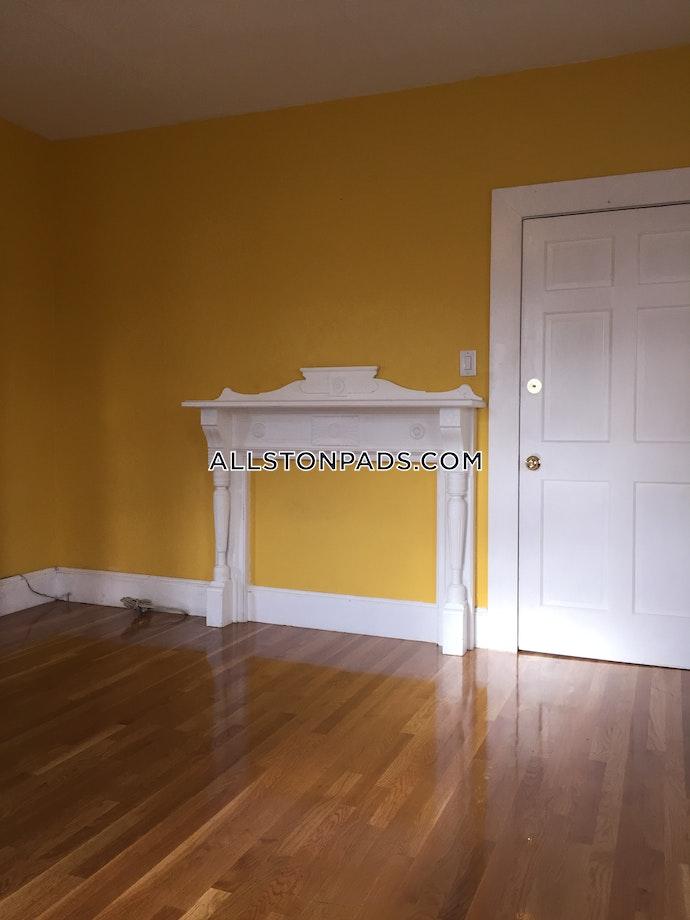 BOSTON - LOWER ALLSTON - 4 Beds, 2 Baths