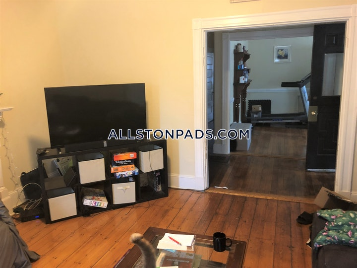 lower-allston-apartment-for-rent-5-bedrooms-2-baths-boston-4500-587665