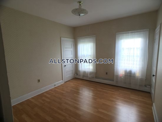 3-beds-1-bath-boston-lower-allston-2250-389479