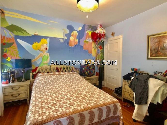 BOSTON - LOWER ALLSTON - 3 Beds, 1.5 Baths