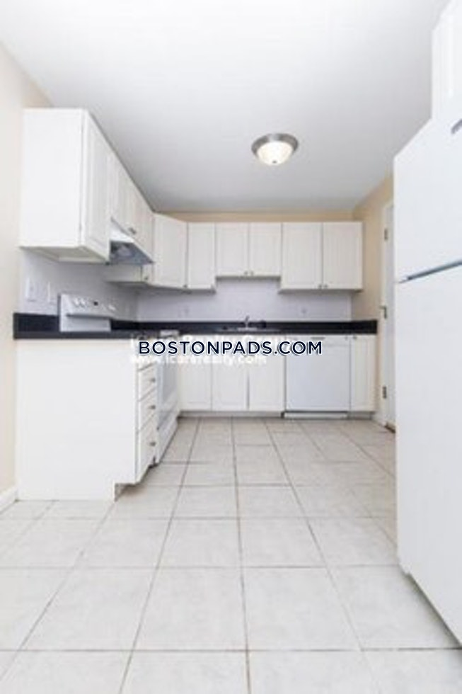 BOSTON - MATTAPAN - $1,600 /mo