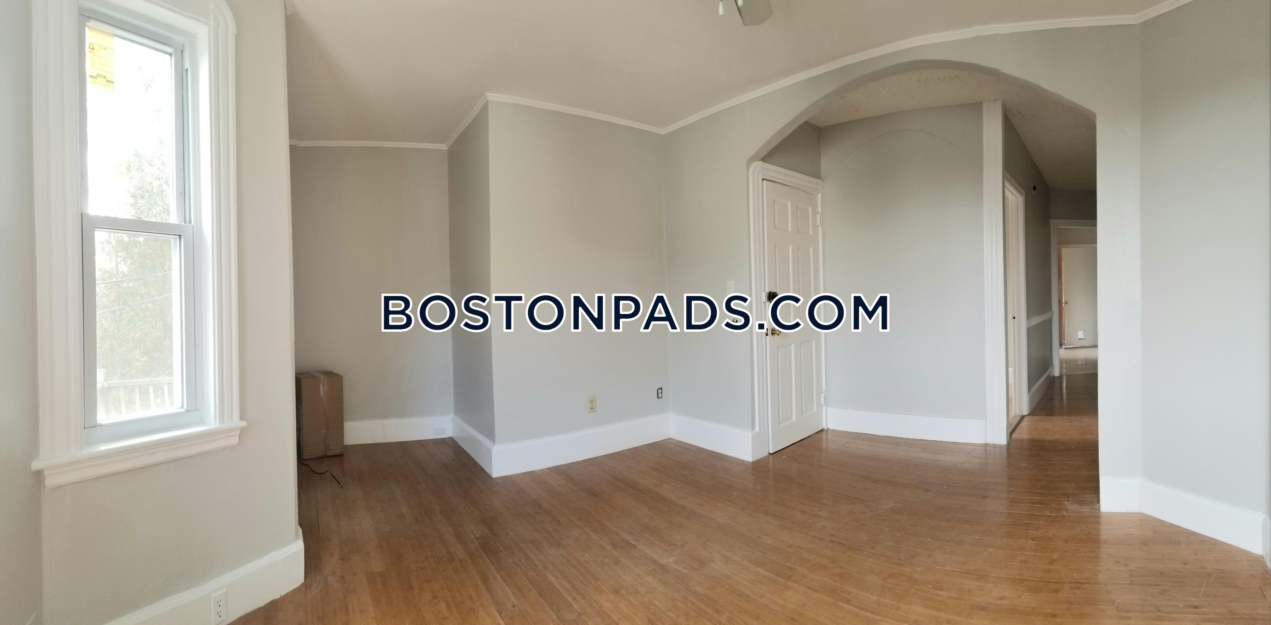 BOSTON - HYDE PARK - $2,250