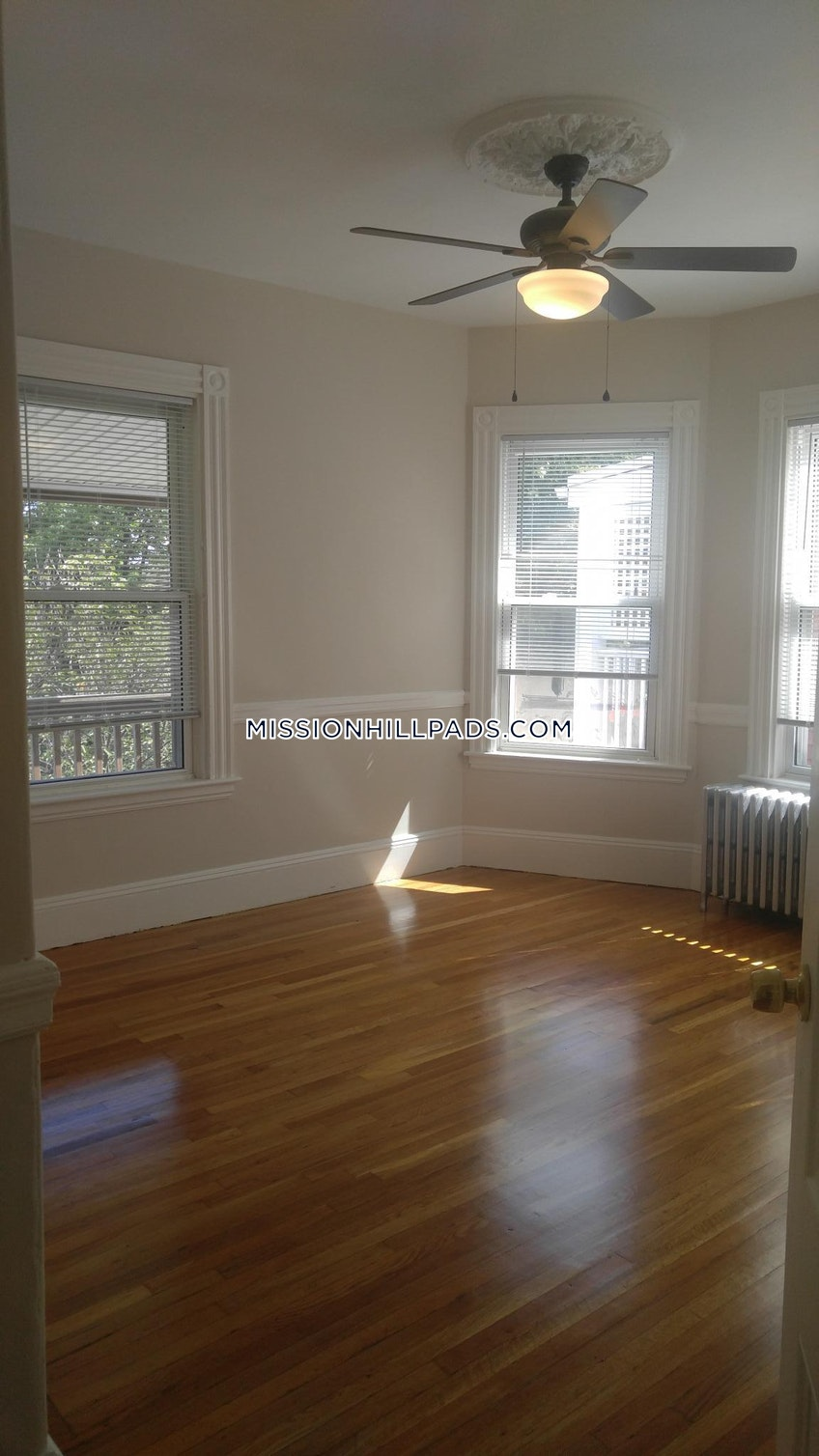 BOSTON - MISSION HILL - $4,500 /month