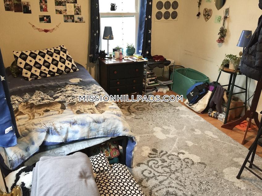 Boston - $3,400 /month