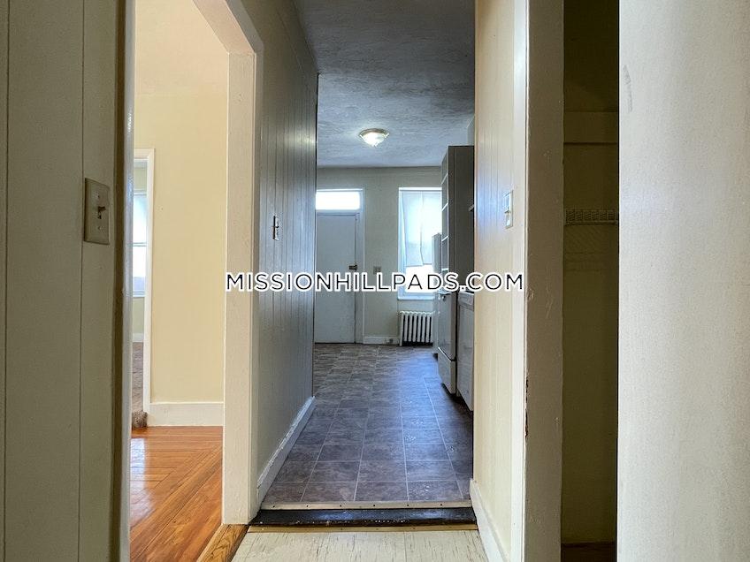 Boston - $1,750 /month