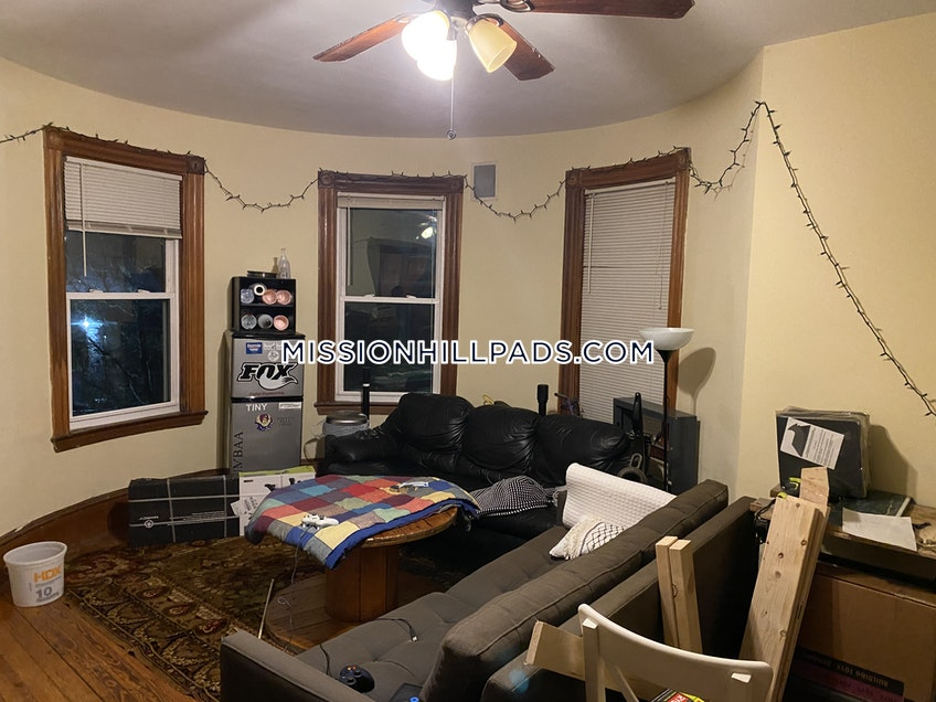 Roxbury Crossing - $5,368 /month