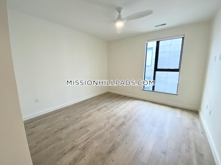 Boston - $3,163 /month