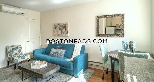 BOSTON - NORTH END - $2,600 /mo