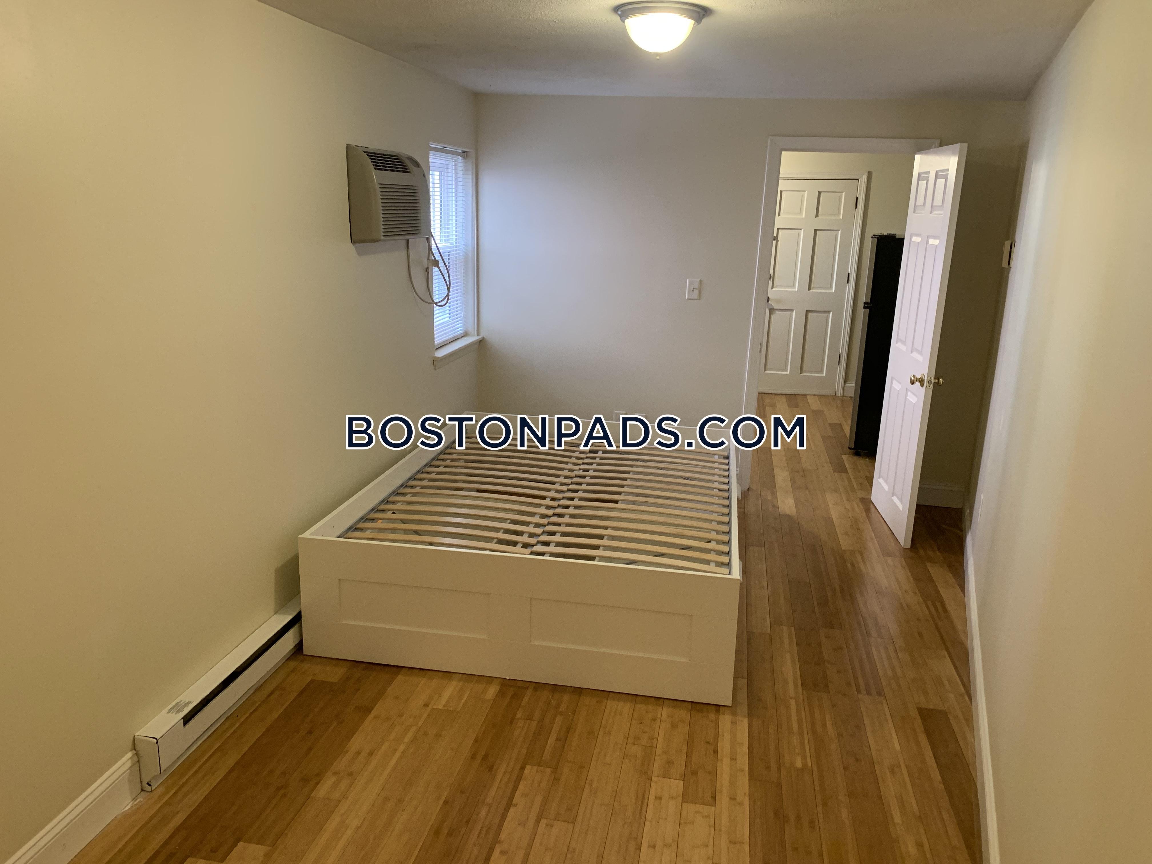 Bartlett Place Boston