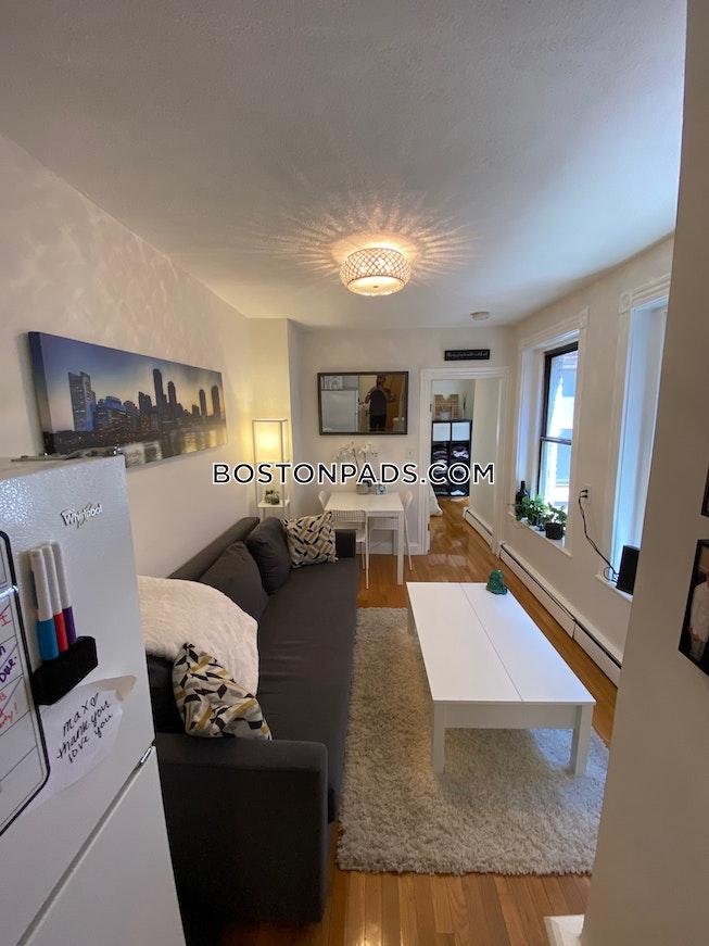 Boston - $1,980 /mo