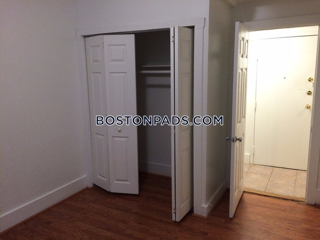 BOSTON - NORTHEASTERN/SYMPHONY - $4,000 /mo