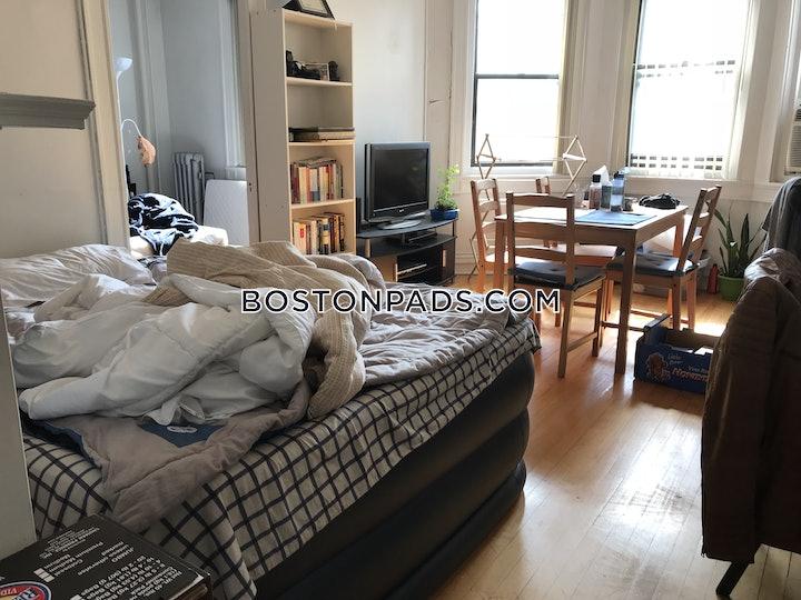 northeasternsymphony-apartment-for-rent-1-bedroom-1-bath-boston-2675-73378