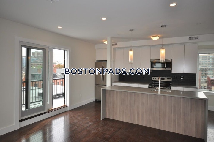 Sussex St., BOSTON - NORTHEASTERN/SYMPHONY