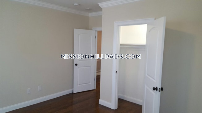 BOSTON - ROXBURY - $3,495 /mo
