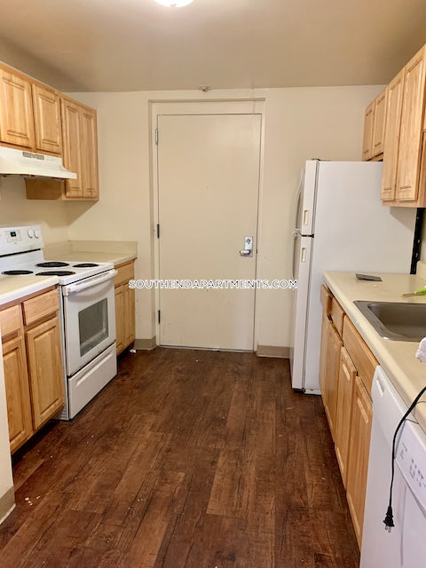 BOSTON - SOUTH END - $3,895