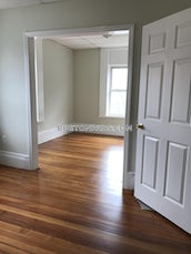 somerville-2-beds-1-bath-laundry-deck-on-broadway-winter-hill-2325-3756364