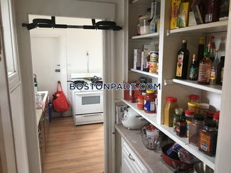 allstonbrighton-border-incredible-3-beds-1-bath-on-commonwealth-ave-available-912020-boston-2800-567673