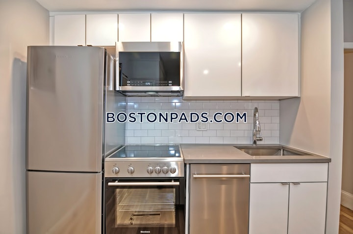 Boylston St., Boston